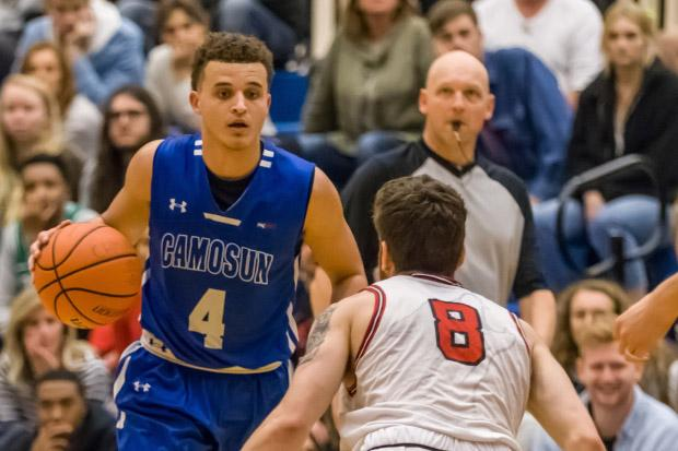 Chargers men's basketball team net a split against nationally ranked competitors